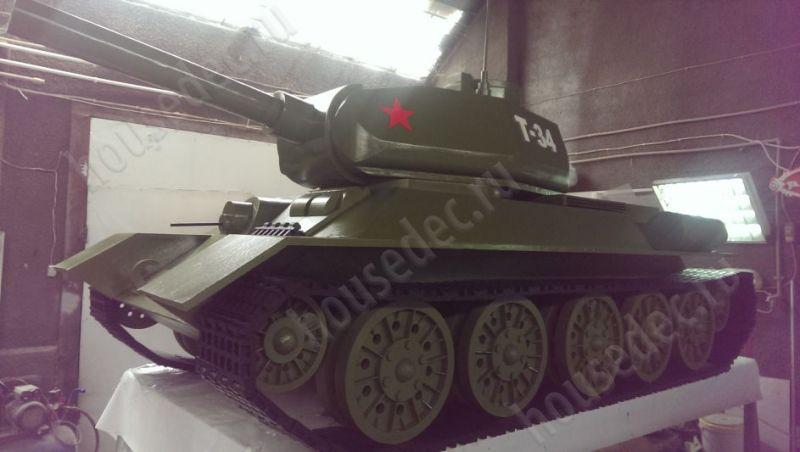макет танка из пенопласта