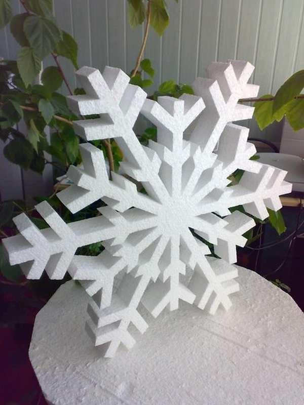 Снежинка из поролона своими руками